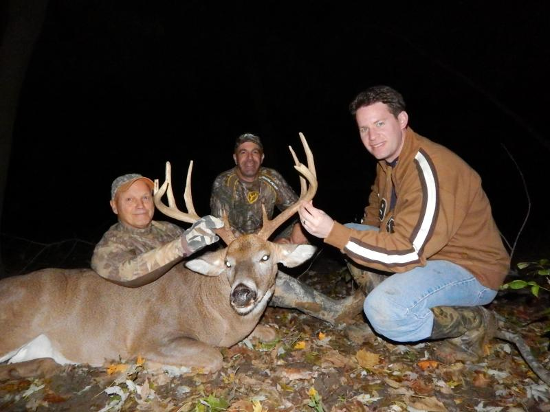 Joe Doty, Aaron Byers, and PJ Rielly November Illinois Bow hunt for bucks